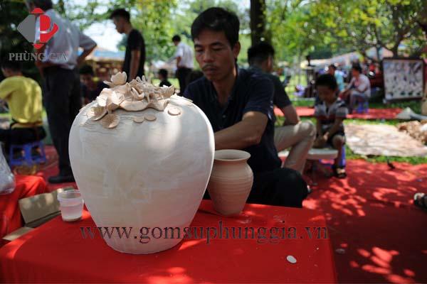 Gom Su Phung Gia Tham Gia Le Ruoc To Cac Lang Nghe Truyen Thong Tai Hoang Thanh Thang Long9