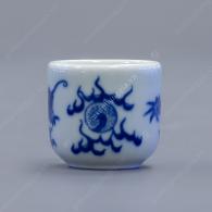 Kỷ ngai 5 chén thờ men trắng xanh vẽ Rồng