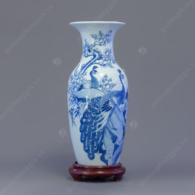 Lục bình S5-H28 men trắng xanh vẽ Chim Công & Hoa Đào
